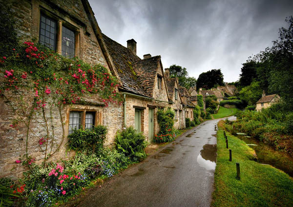 Fairy tale villages - Bilbury, England