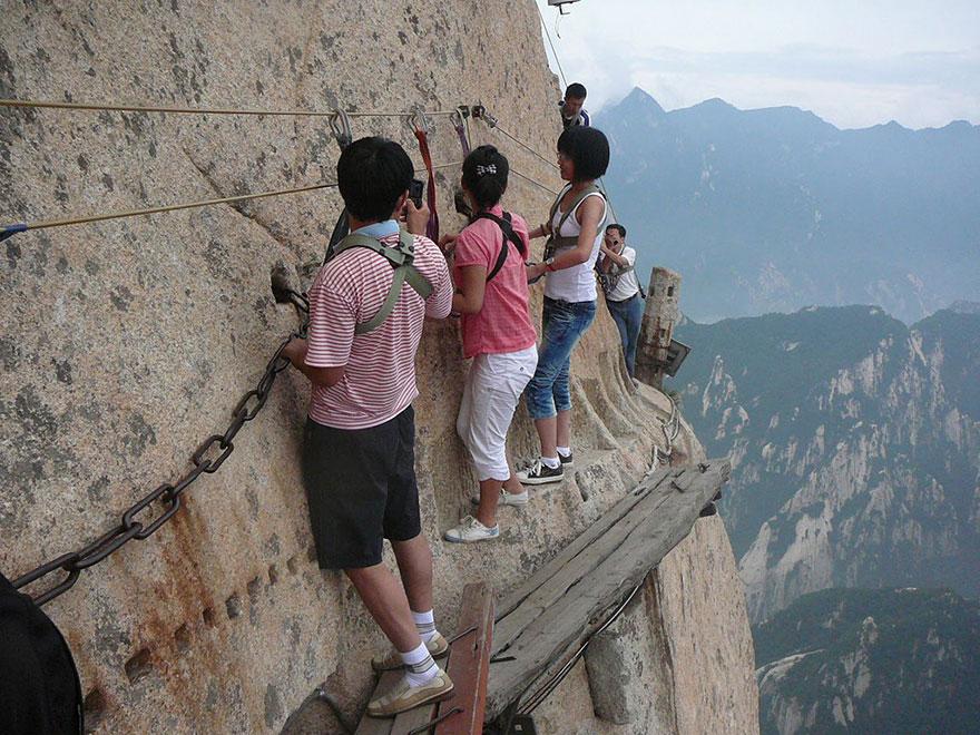 Best Hiking Trails - Mount Hua Shan China