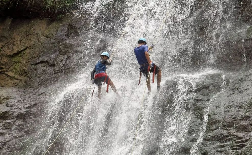 Water Rappelling